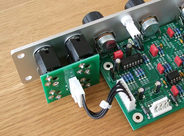 Voltage Controlled Six Stage Phaser: MOSPhaser